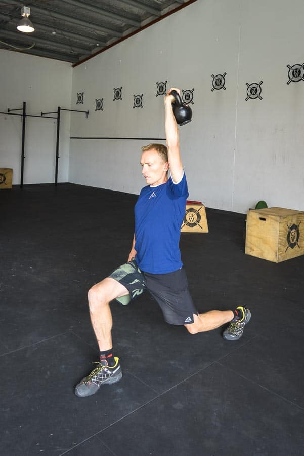Single Arm Kettle Bell Lunge